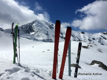 winter ski touring fagaras 350