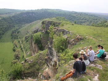 Group walking holiday trip Balkan mountains Sejur drumetii Balcani Sejour rando balkans bulgarie
